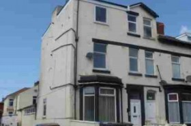 8 Bed Permanent Flats Investments For Sale - Main Image